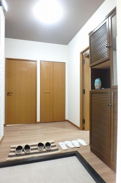 高義ビルⅡ / 305号室玄関