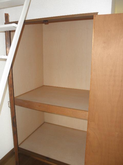 ベルハイツ / 103号室収納