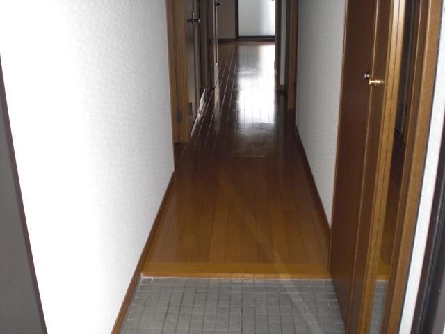 フローラルハイツ / 102号室玄関