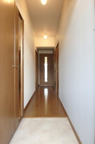 フローラルハイツ / 103号室玄関