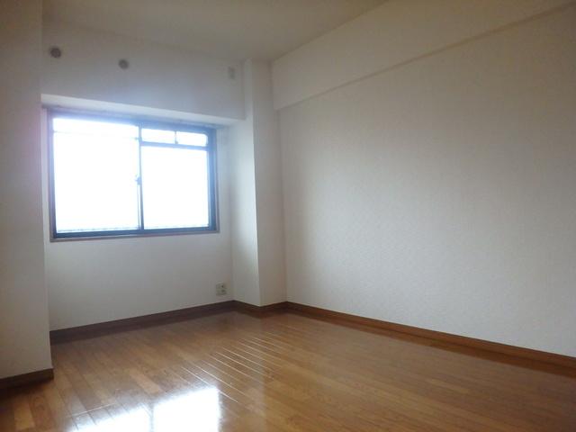 フローラルハイツ / 503号室洋室