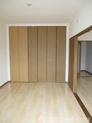 高義ビルⅢ / 202号室玄関