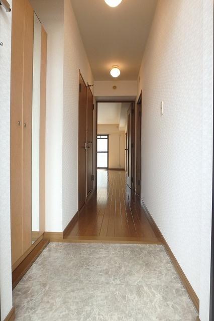 グレースコート11 / 202号室玄関