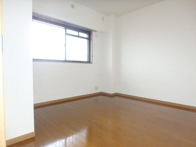 グランピア若草 / 401号室洋室
