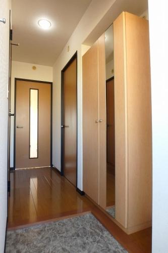 クレールマノワール / 302号室玄関