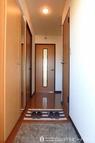 クレールマノワール / 303号室玄関