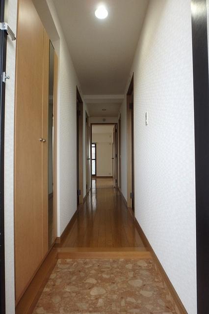 シーラ・プラッツ / 305号室玄関