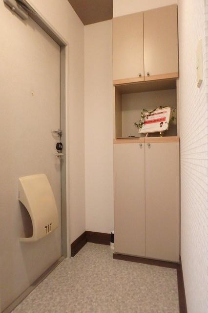 プレジデント正弥 / 1-208号室玄関