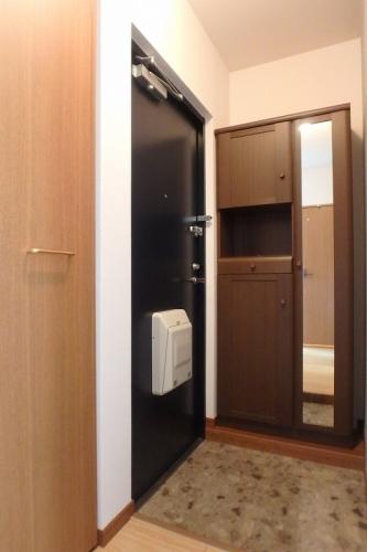 アムール8 / B-202号室玄関