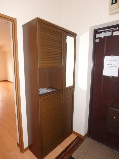 高義ビルⅡ / 205号室玄関