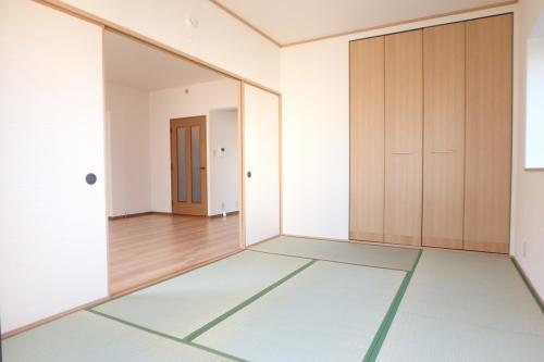 高義ビルⅢ / 105号室和室