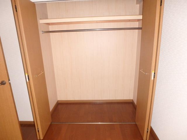 フレア・クレスト水城 / 402号室収納
