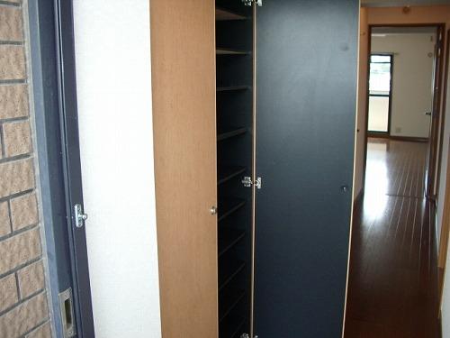 フレア・クレスト水城 / 406号室