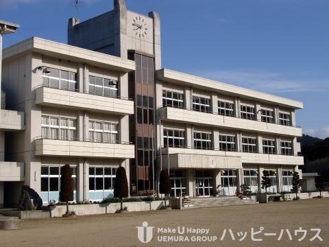 大利小学校