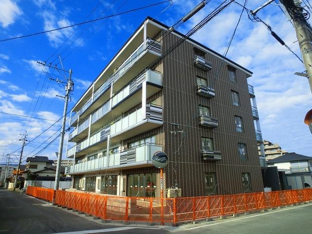 プラス カナール / 201号室外観