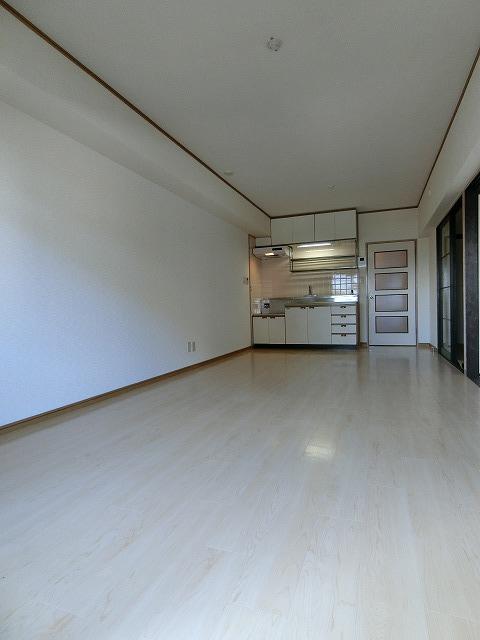 第二城戸ビル / 406号室