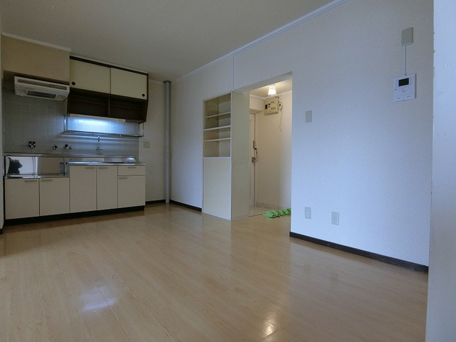 第一城戸ビル / 402号室