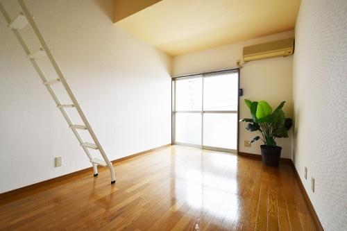 グルニエS・T / 205号室キッチン