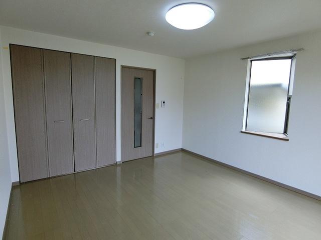 ドルフィン・ブルー / 101号室