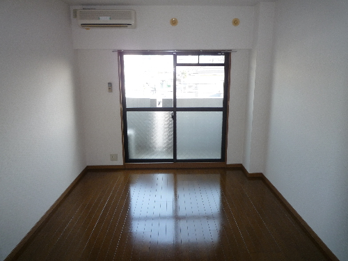シャトレTOKIE / 303号室キッチン