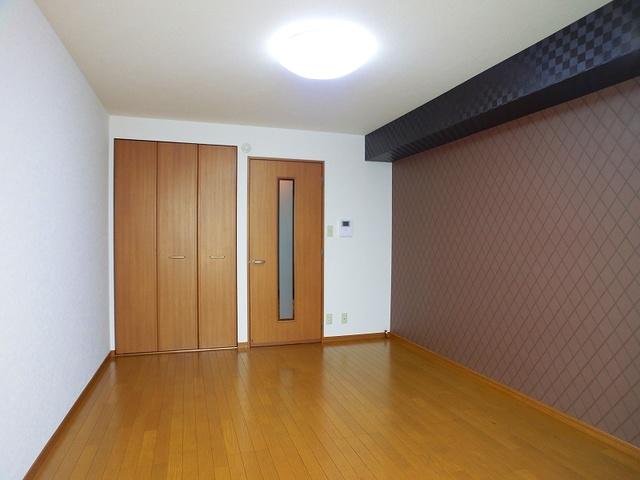 メゾン・ド・アイム / 205号室リビング