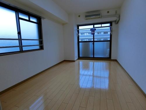 コスモコート / 207号室