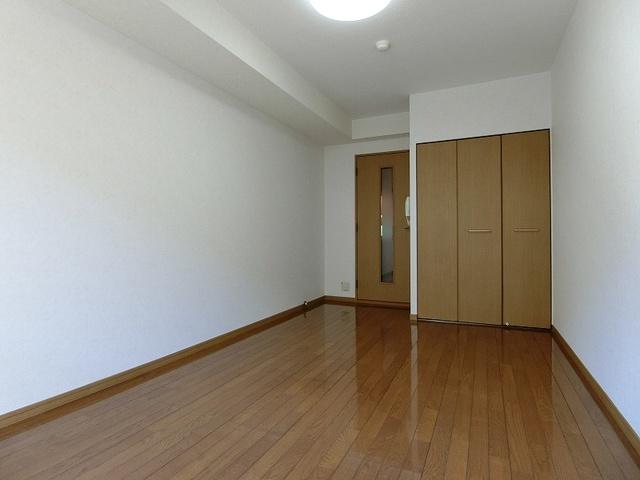 コスモコート / 312号室リビング
