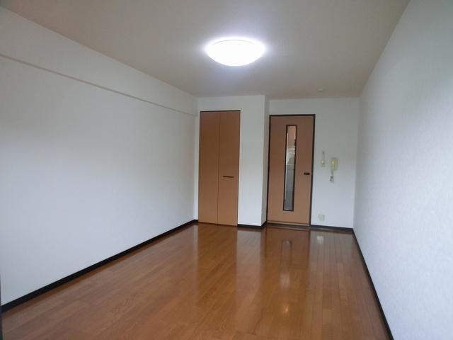 エランドール谷 / 106号室