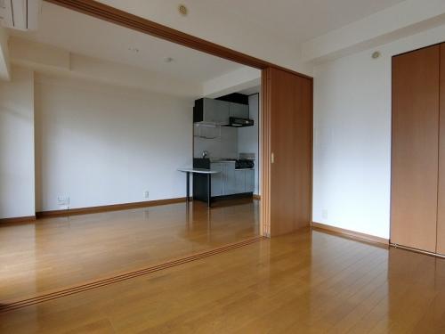 クレセント高宮 / 305号室
