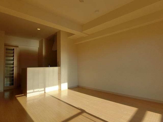 アバンダントsanchiku / 203号室