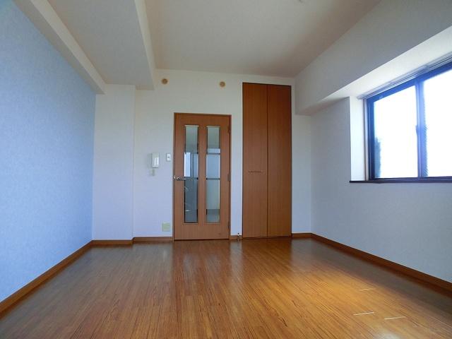 ジュネス井尻駅前 / 307号室