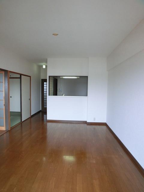 井尻第3ビル / 602号室リビング
