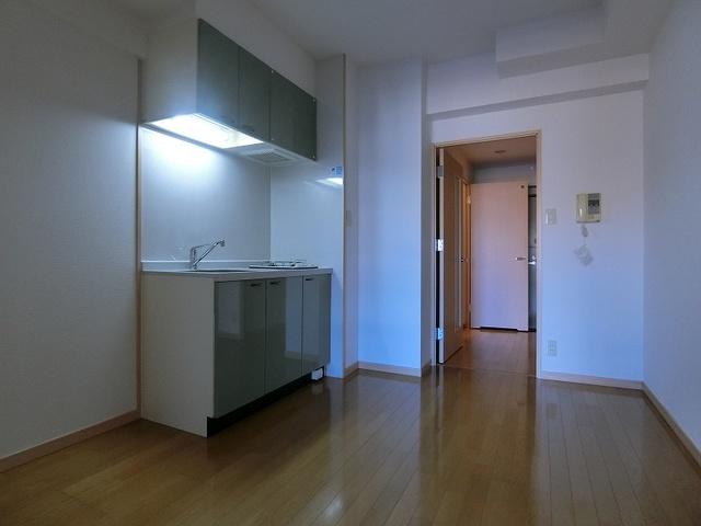 サンパティーク高宮 / 902号室リビング