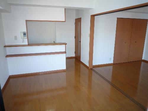 サンパティーク高宮 / 1001号室リビング