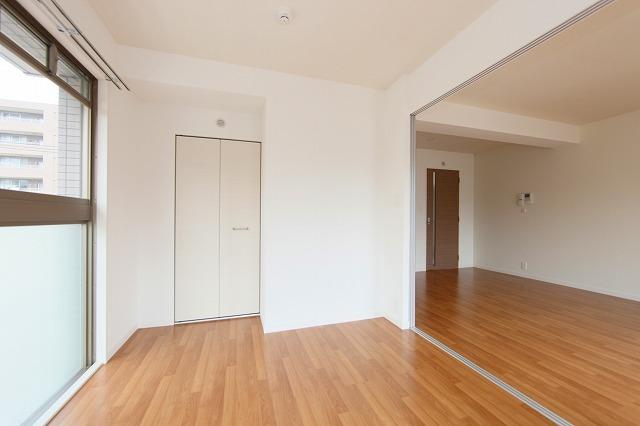 オリオン3 / 405号室リビング