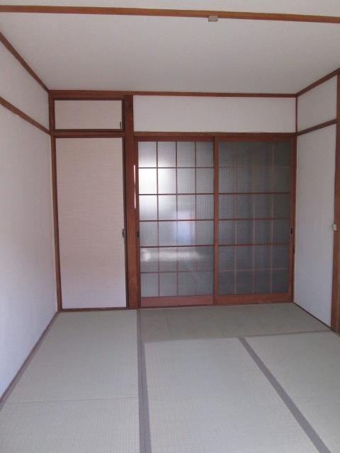 永松ビル / 202号室リビング