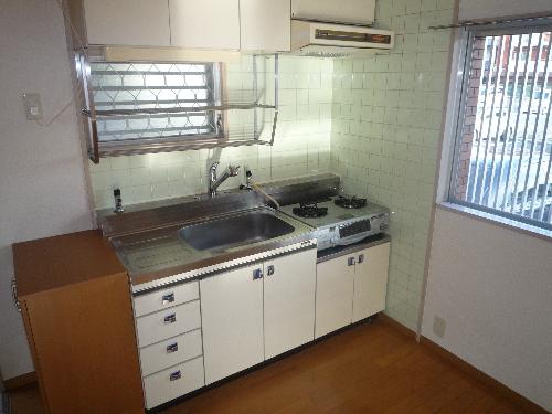 山本ビル / 107号室キッチン