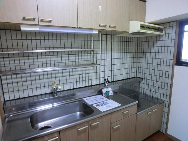ルミエール博多 / 601号室キッチン