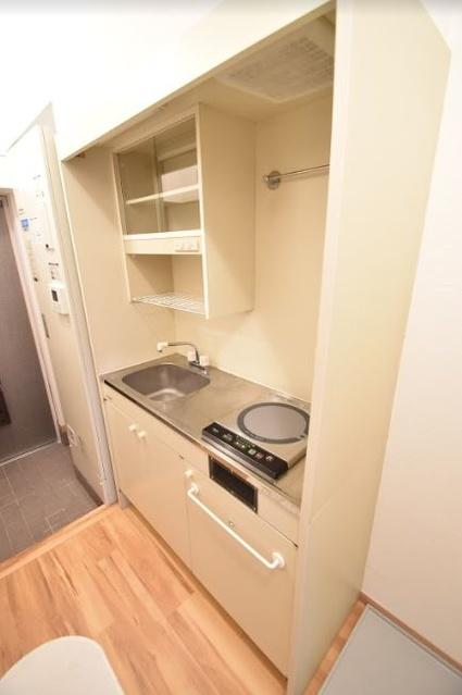 メゾンド・クレール / 203号室キッチン
