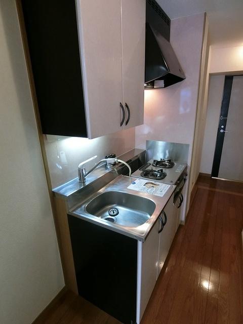 コスモコート / 613号室キッチン