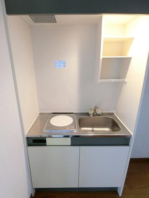 ジュネス井尻駅前 / 606号室キッチン