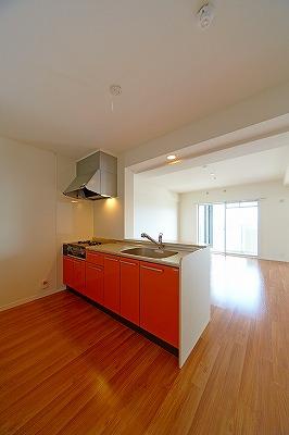 イーストパル博多Ⅱ / 603号室キッチン