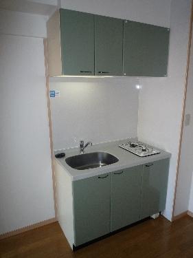 サンパティーク高宮 / 303号室キッチン