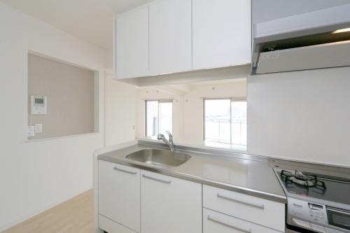 グランディア清水 / 303号室キッチン