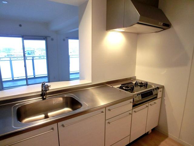 ステラSTⅢ / 806号室キッチン