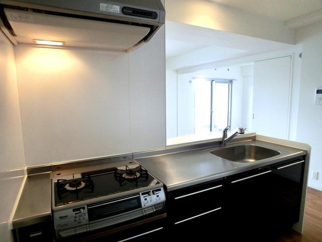 ステラSTⅢ / 807号室キッチン