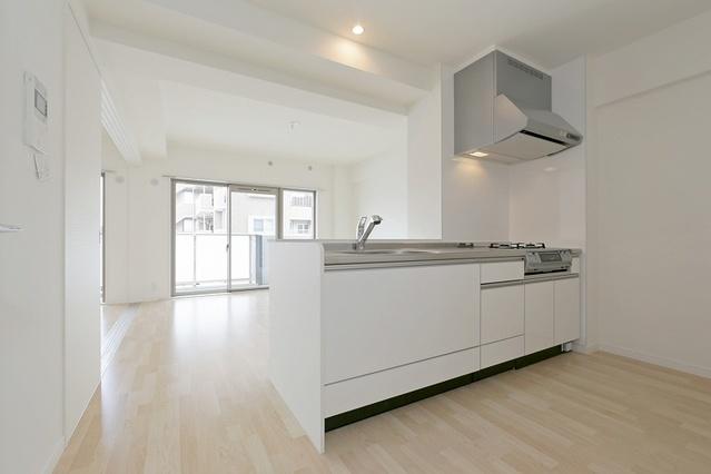 ボヌール レーベン / 402号室キッチン