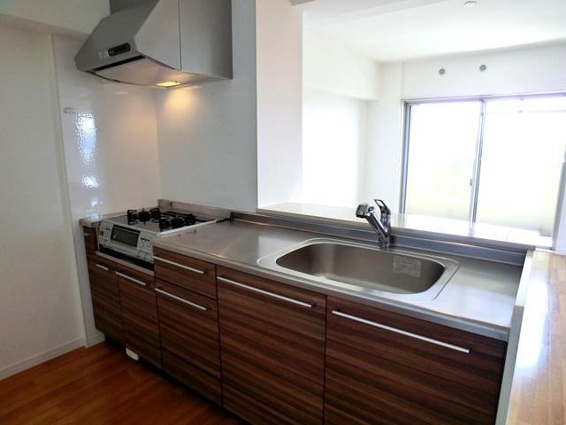 シャトーポルターダ博多南 / 203号室キッチン