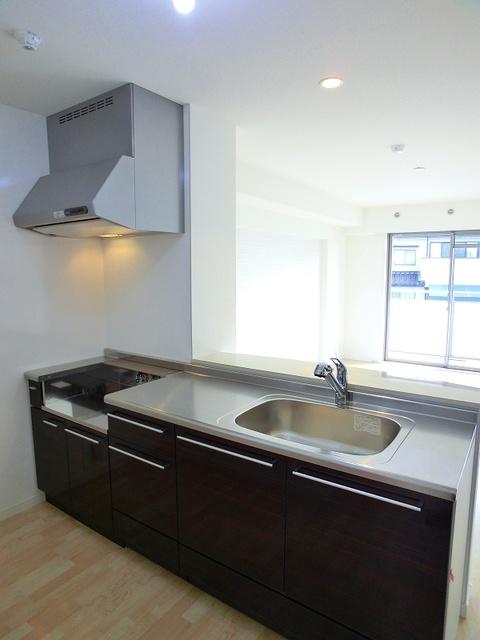 ココテラスK / 401号室キッチン