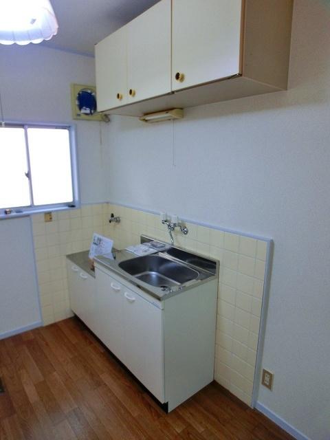 サンライズコーポ / 206号室キッチン
